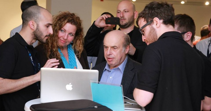Chairman of the Executive Natan Sharansky spending time with future hi-tech leaders in Tel Aviv.
