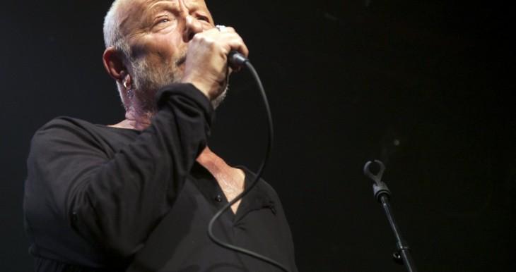 Israeli musical legend Arik Sinai in performance for Laad