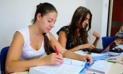 New immigrants study Hebrew at Ulpan Etzion Raanana