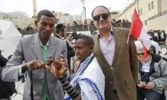 בר מצווה לילדים עם יהודים ממונטריאול