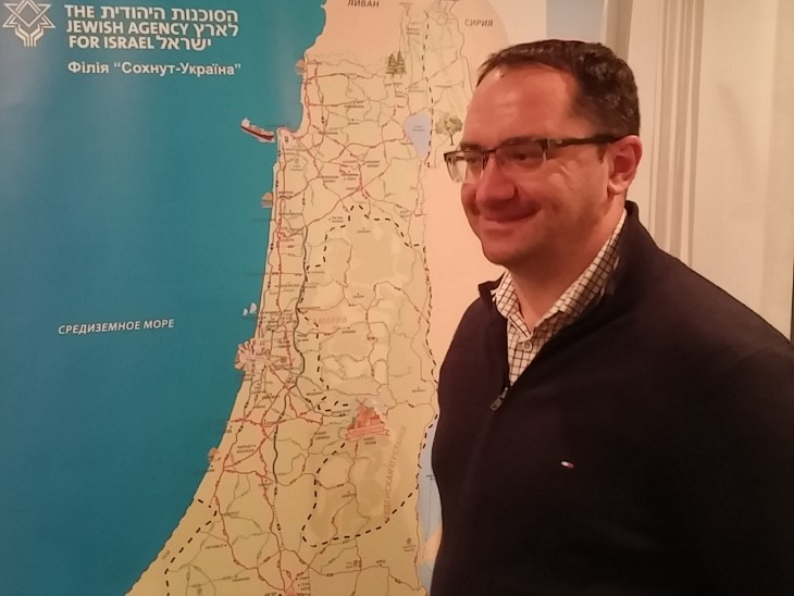 שליח הסוכנות היהודית שמסייע לאלפי יהודי אוקראינה